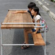 アウトドア用のテーブル、足場板、アイアン