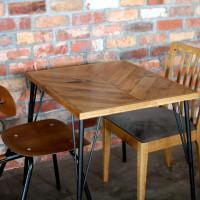 ヘリンボーン、テーブル、オーク
