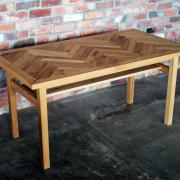 ヘリンボーン、ダイニングテーブル、オーク
