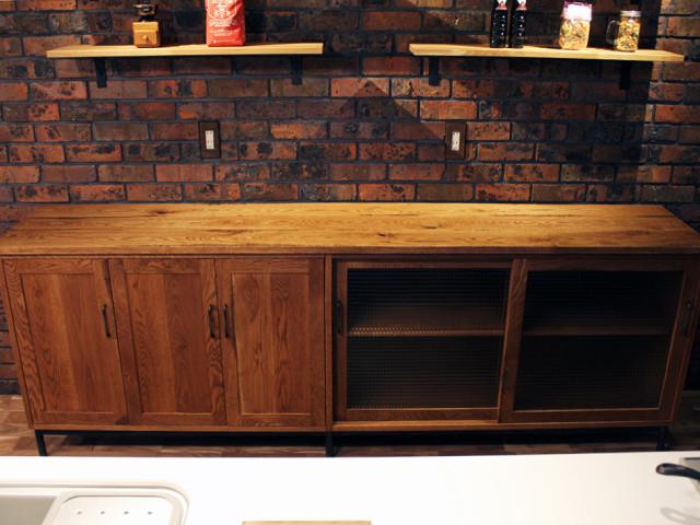 サイドボード、キャビネット、食器棚、無垢、オーク