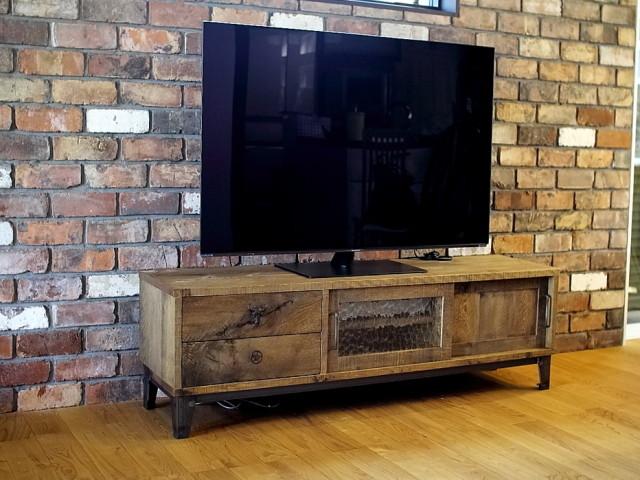テレビボード、TVボード